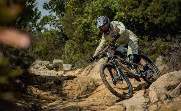 Rider Profile - CÉCILE RAVANEL